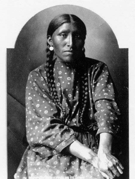 Mrs. White Elk. Huffman Collection. MS100