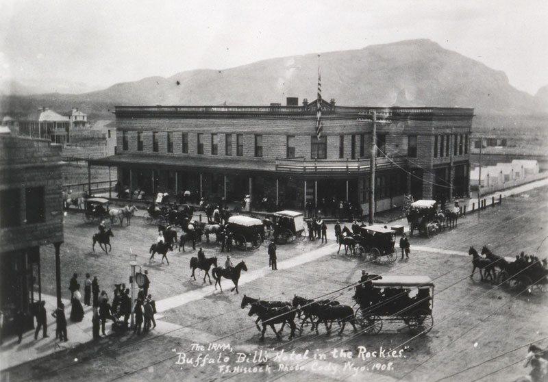 Irma Hotel. P.71.1696