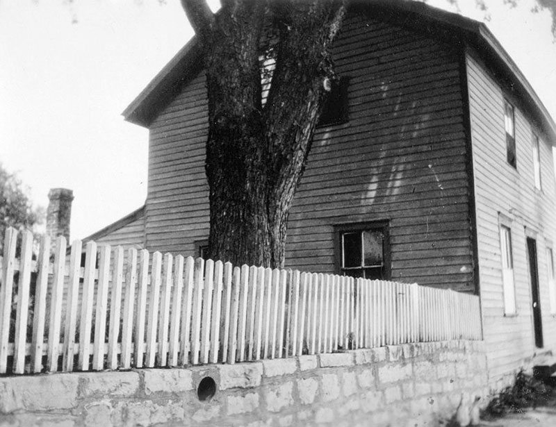 Buffalo Bill's Boyhood Home in LeClaire, Iowa, ca. 1900. P.6.710