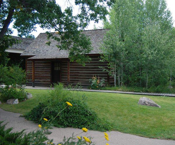 Absarokee Hut