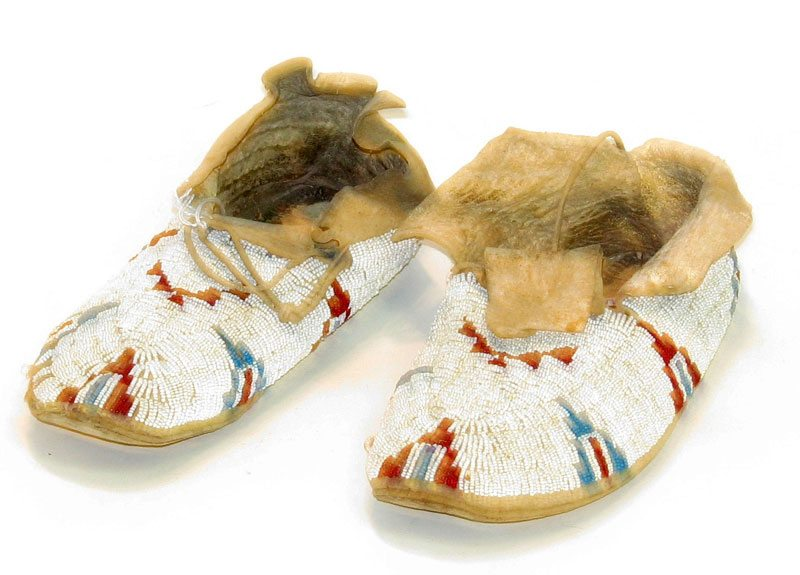 Moccasins, Paul Dyck Plains Indian Buffalo Culture Collection