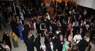 Rendezvous Royale: Patrons Ball