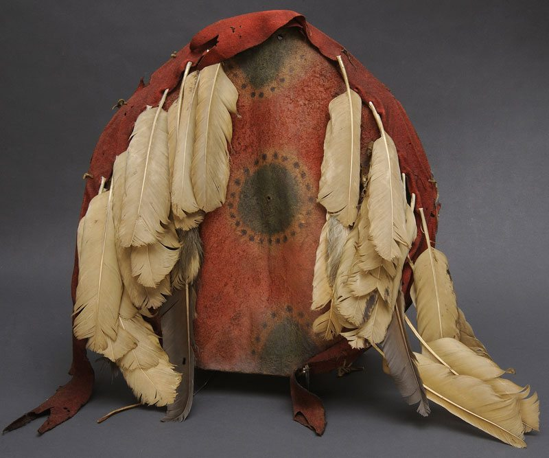 Kiowa shield, ca. 1825 - 1850. The Paul Dyck Plains Indian Buffalo Culture Collection, acquired through the generosity of the Dyck family and additional gifts of the Nielson Family and the Estate of Margaret S. Coe. NA.108.131