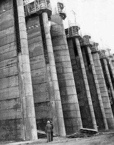 Water intake structures under construction at Garrison Dam, ca. 1950 – 1959. Image courtesy of Institute for Regional Studies, North Dakota State University, Fargo. Folio 69.09.05