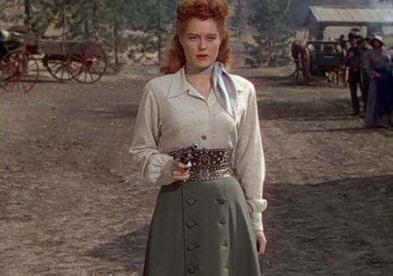 Alexis Smith as Maria Singleton in Montana (1950). Screenshot captured by Leah Madsen. Directed by Ray Enright and Raoul Walsh: Warner Bros.