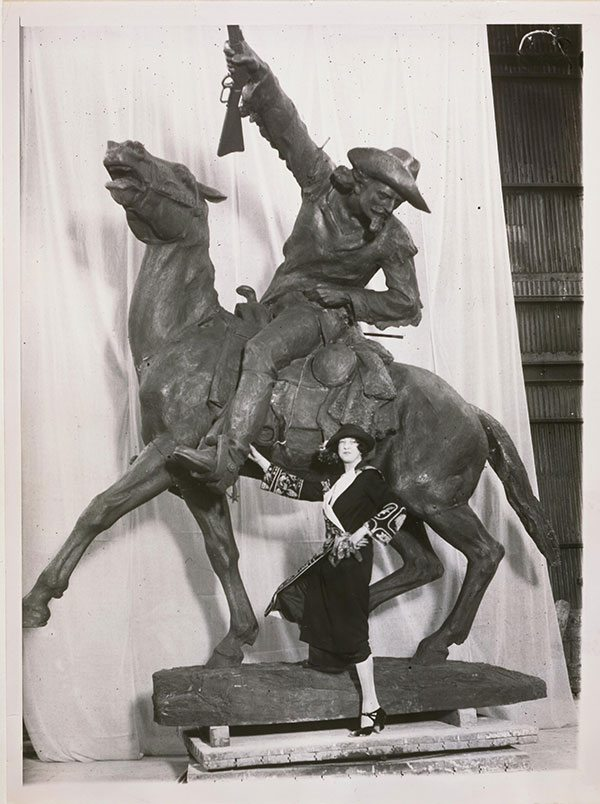 A Treasure from Our West: Photograph of Gertrude Vanderbilt Whitney with her Buffalo Bill - The Scout sculpture