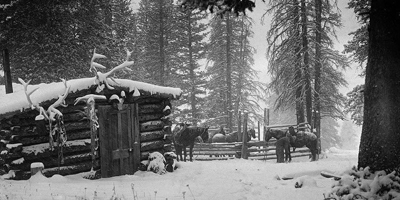 Cabin in winter, cow camp at Jack Creek, c. 1923. Charles Belden photo. MS 3 Charles Belden Collection. PN.67.75a