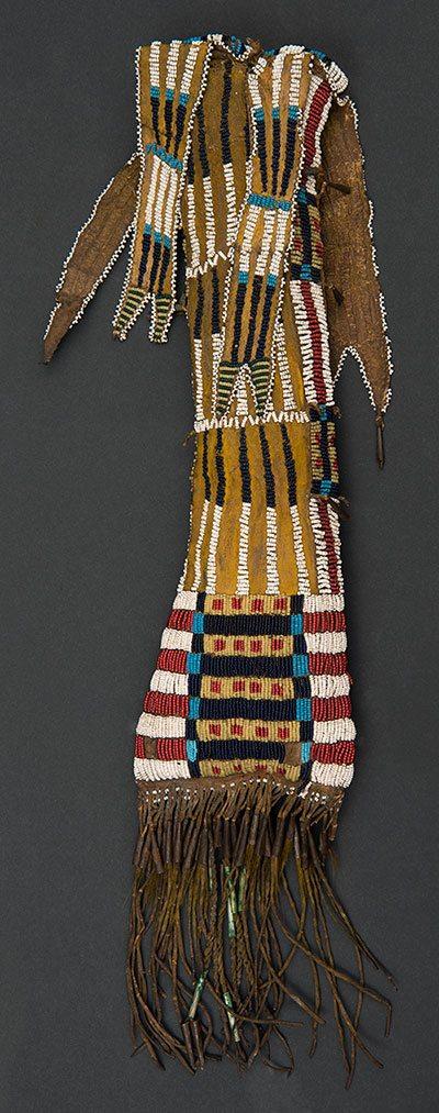 Hinono'ei (Southern Arapaho) tobacco bag, ca. 1870. Paul Dyck Plains Indian Buffalo Culture Collection. NA.504.405