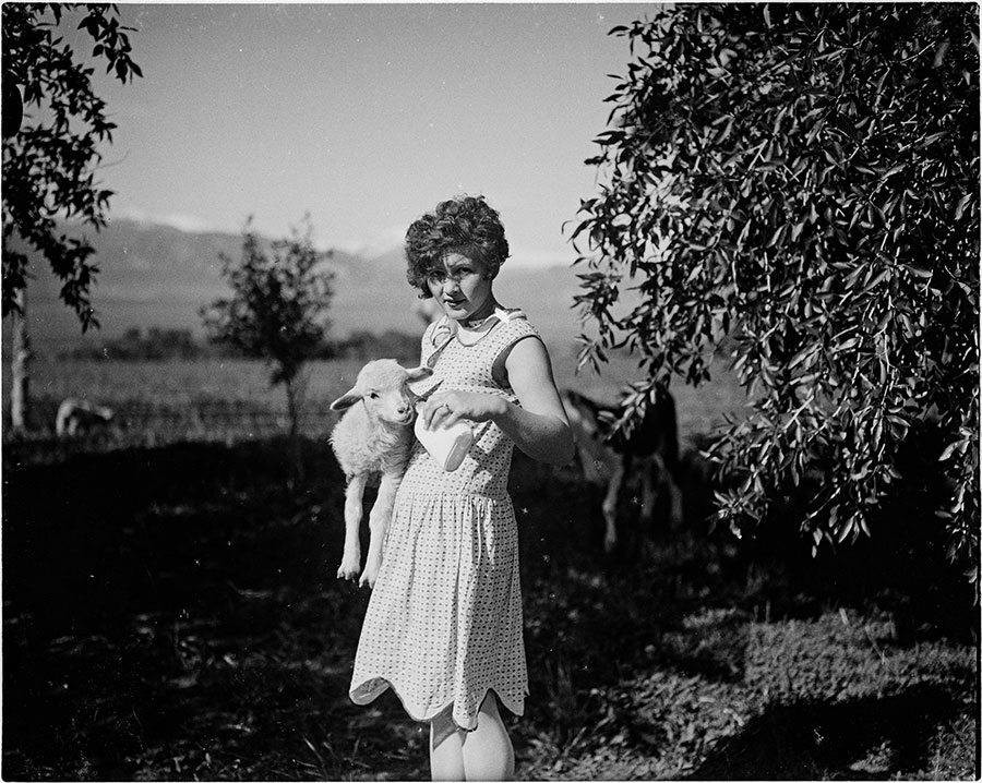 Charles Belden (1887-1966). Girl with lamb. Black and white photograph. Gift of Mr. and Mrs. Charles Belden. MS 67 Charles Belden Collection. PN.67.544