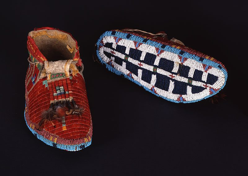A Treasure from Our West: g 085: Comanche moccasins. NA.202.1183
