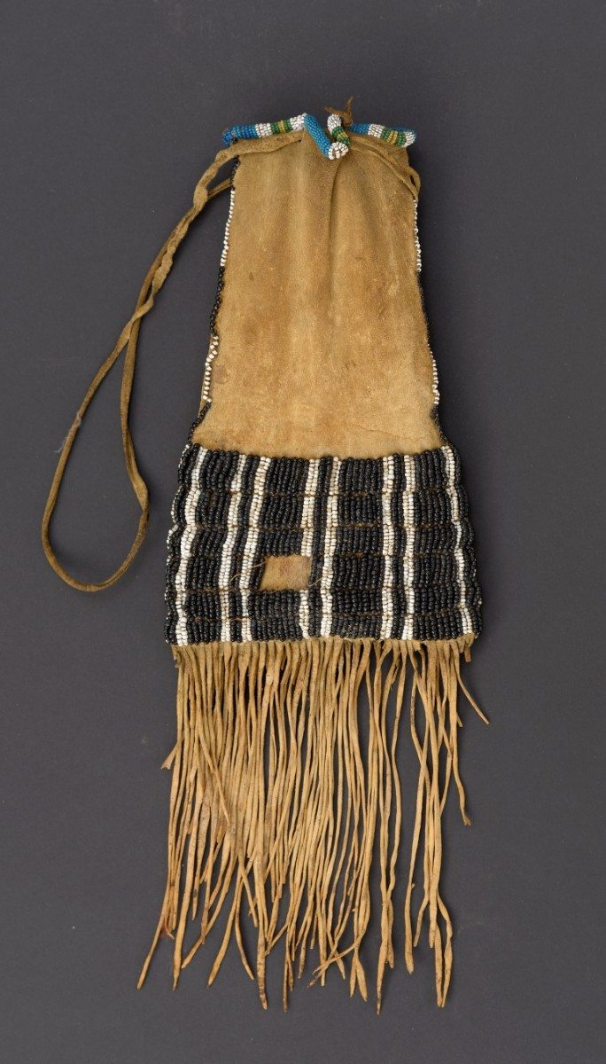 Note the larger beads on this Blackfeet Pipe Bag, ca. 1850. Paul Dyck Plains Indian Buffalo Culture Collection. NA.504.402