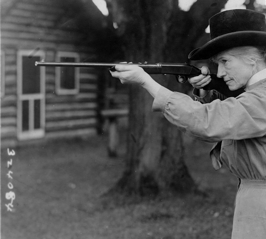 Annie Oakley on Long Island, New York, 1922. Gift of Dorothy Stone Collins. MS 6 William F. Cody Collection, McCracken Research Library. P.6.415