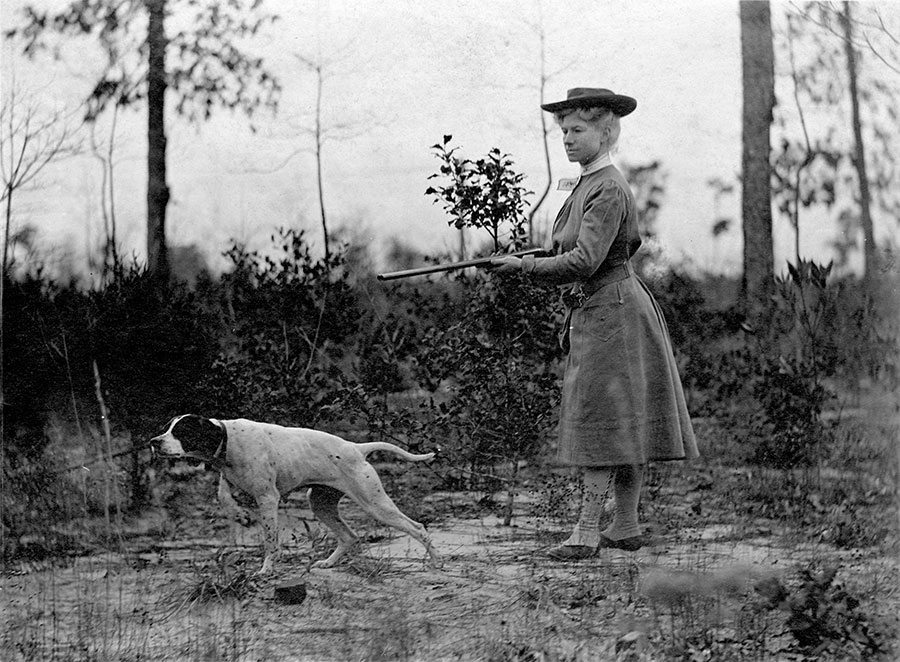Annie Oakley hunting with her pointer, Fred, ca. 1908. MS 6 William F. Cody Collection. P.6.416