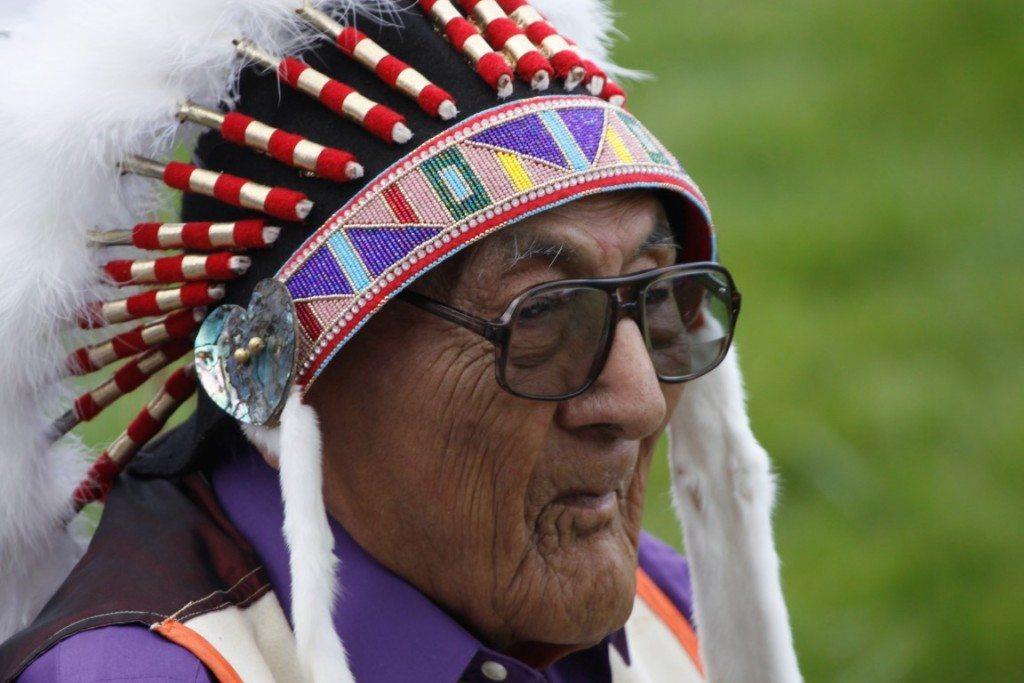 Joe Medicine Crow at the 2014 Plains Indian Museum Powwow. Photo by Ken Blackbird