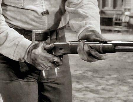 Winchester 1892, Chuck Connors, Lucas McCain