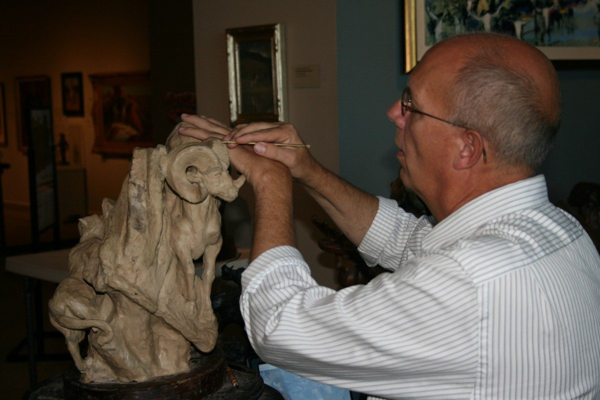 Jeff Rudolph, shown here sculpting with clay, serves as Artist-in-Residence at the Buffalo Bill Center of the West July 16–20.