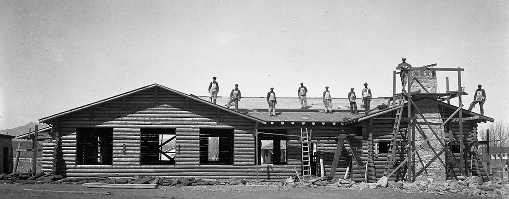 Original Buffalo Bill Museum under construction. Buffalo Bill Museum Photographs Collection. PN.228.064