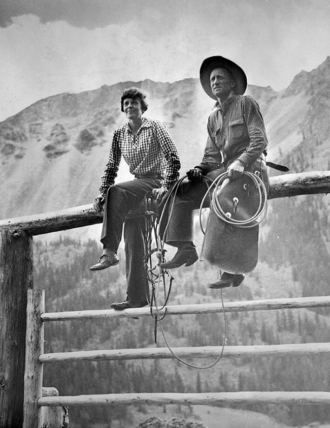 Amelia Earhart and Carl Dunrud at Double D Ranch, southwest of Meeteetse, Wyoming. MS 089 Jack Richard Photograph Collection. PN.89.106.21004.01