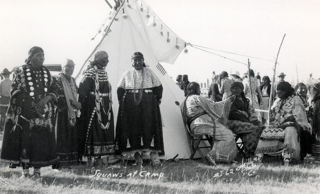 Women in camp, 1910–1920. MS 320 Paul Dyck Plains Indian Buffalo Culture Collection. P.320.462