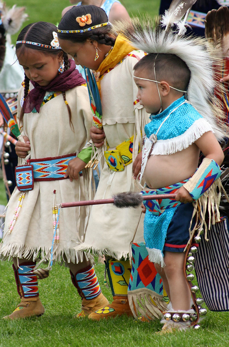Tiny tots at the 2010 Plains Indian Museum Powwow. Photo by Nancy McClure.