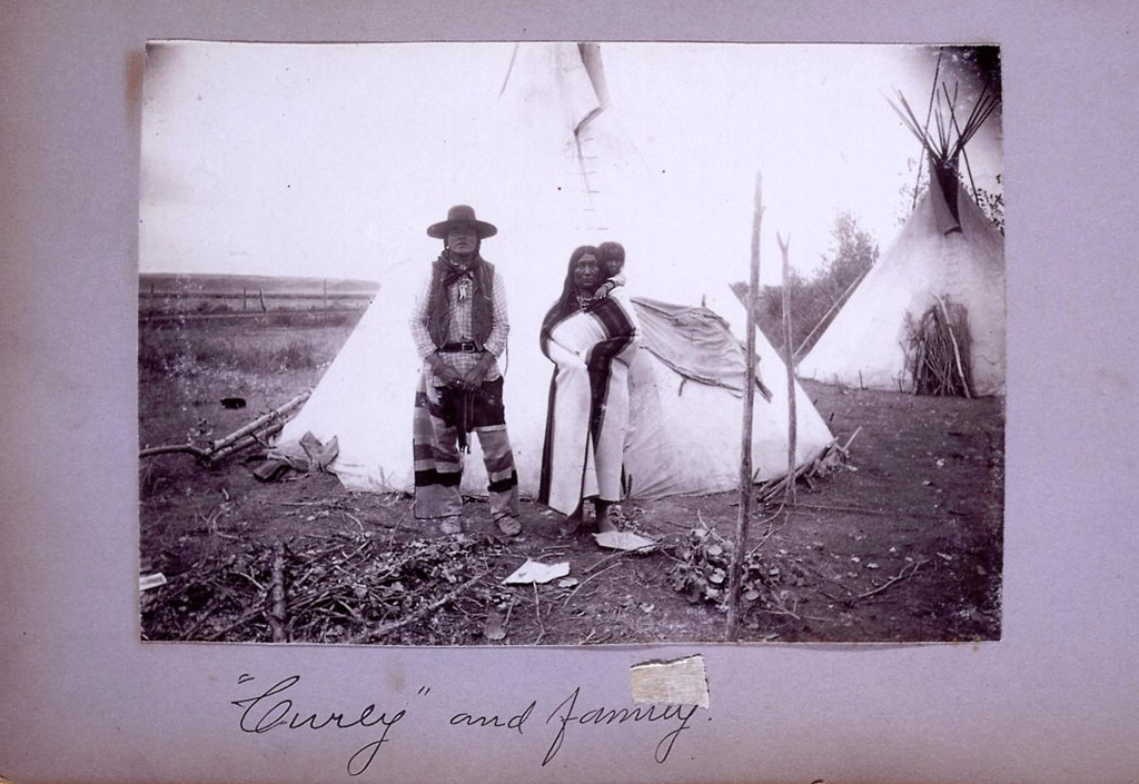 Curly, Take A Shield, and daughter Dora Curly, McCracken Research Library, P.71.231