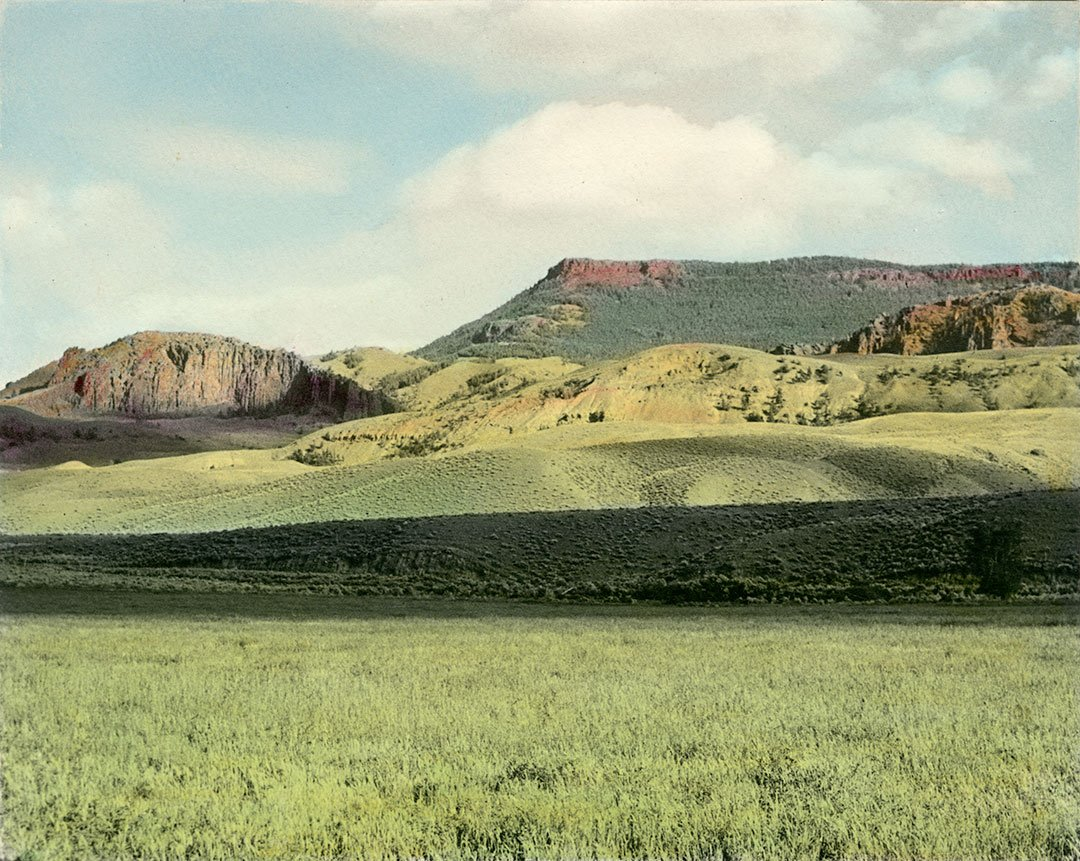 "Stanley Kershaw (1891–1963), ""A glimpse of the beautiful scenery along Cody Road, Wyo."" MS 6 William F. Cody Collection. P.69.519"