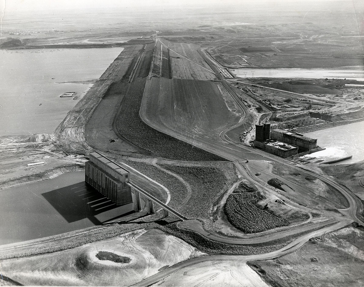 Aerial view of Garrison Dam Project, ca. 1950–1959. Image courtesy of Institute for Regional Studies, North Dakota State University, Fargo. Folio 69.1.1