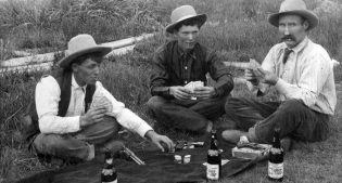 A Prohibition era card game?