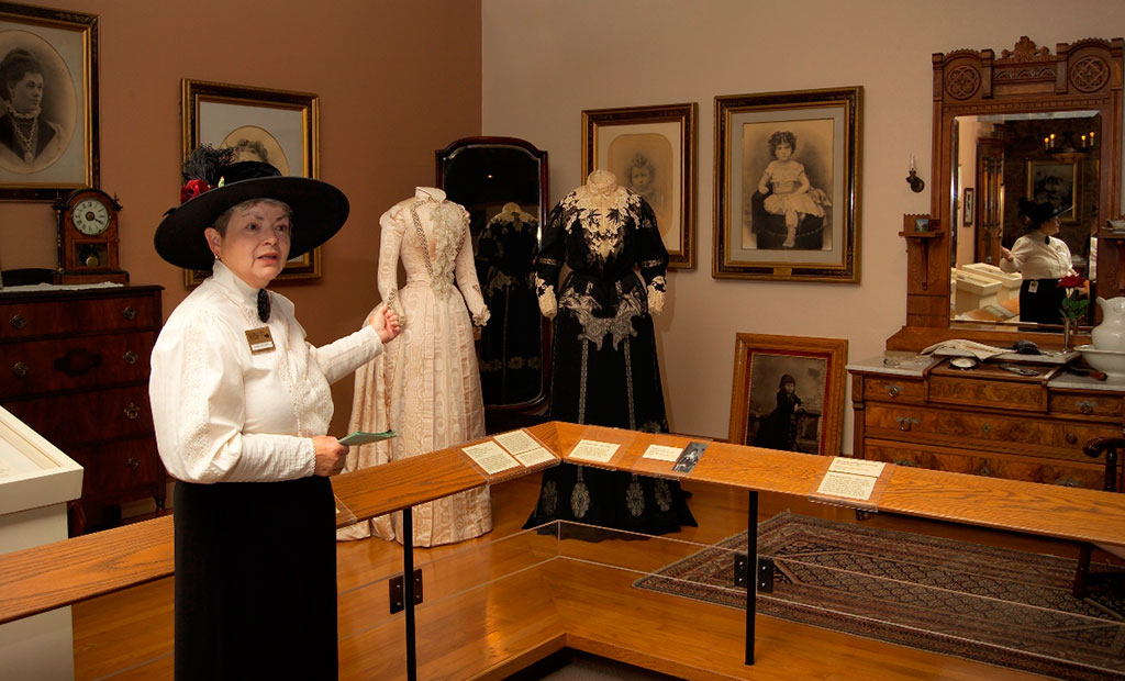 Donna Whitson presents a docent spotlight featuring Arta Cody's beautiful wedding dress.