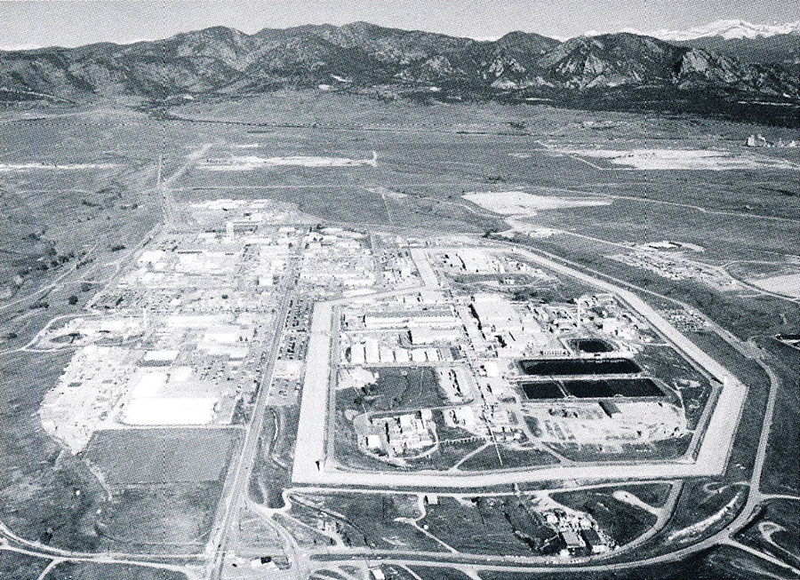 Points West: Constructing, consuming atomic culture in the American West