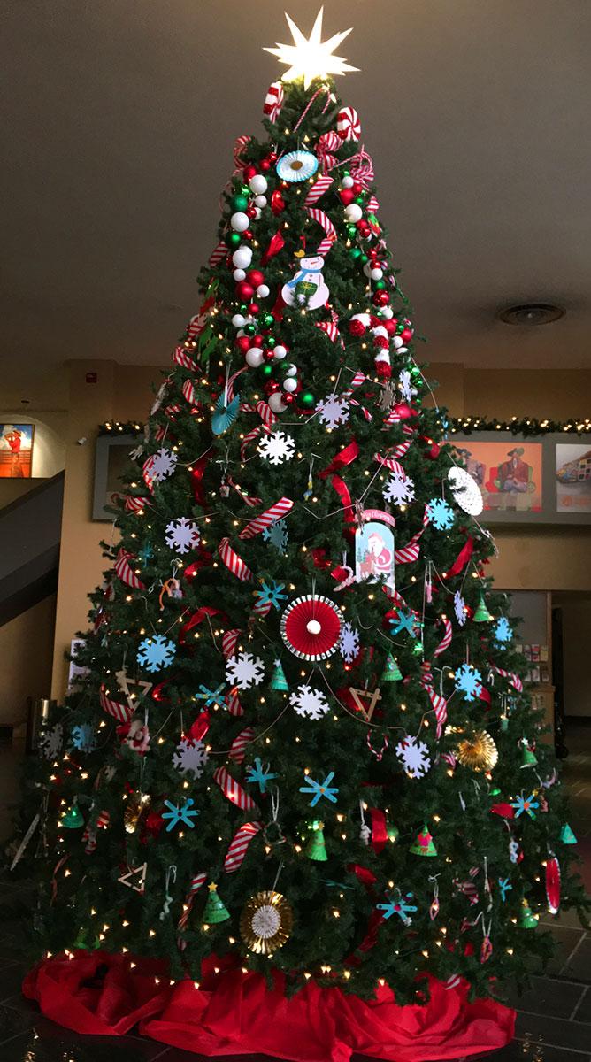Lobby Christmas tree, 2017