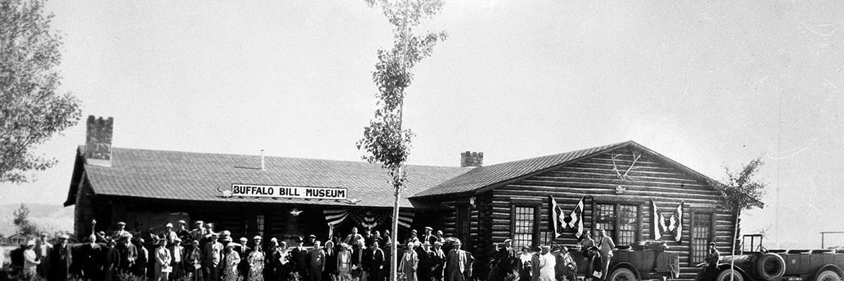 Fig. 2: Dedication of the new Buffalo Bill Museum, Cody, Wyoming, July 4, 1927. F.J. Hiscock photo. MS 228 Buffalo Bill Museum Photographs Collection, McCracken Research Library. PN.228.111