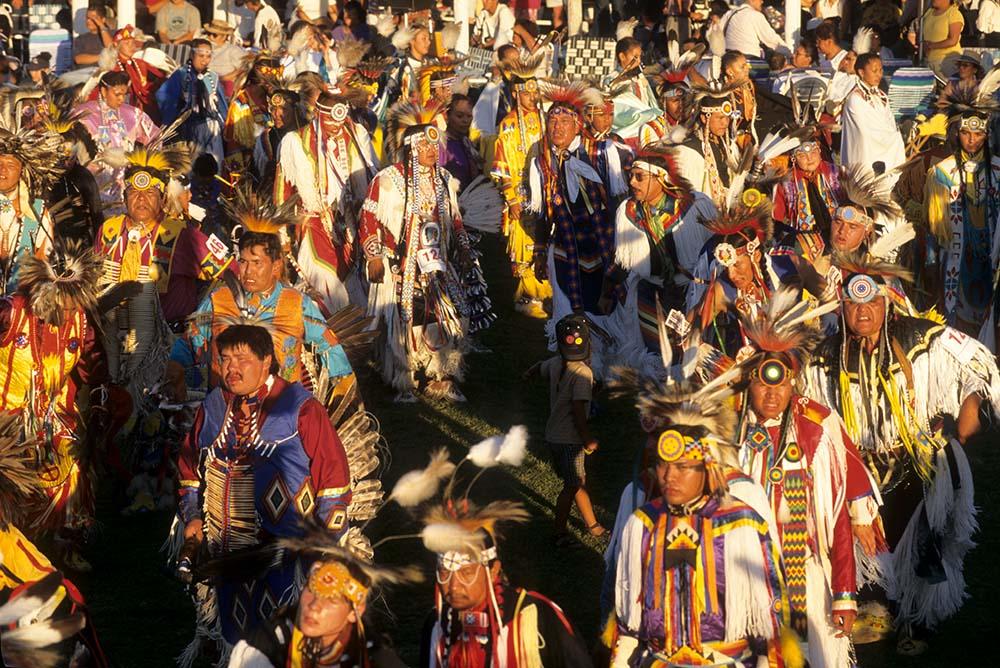 Powwow Grand Entry. Ken Blackbird photo. P.426.02133