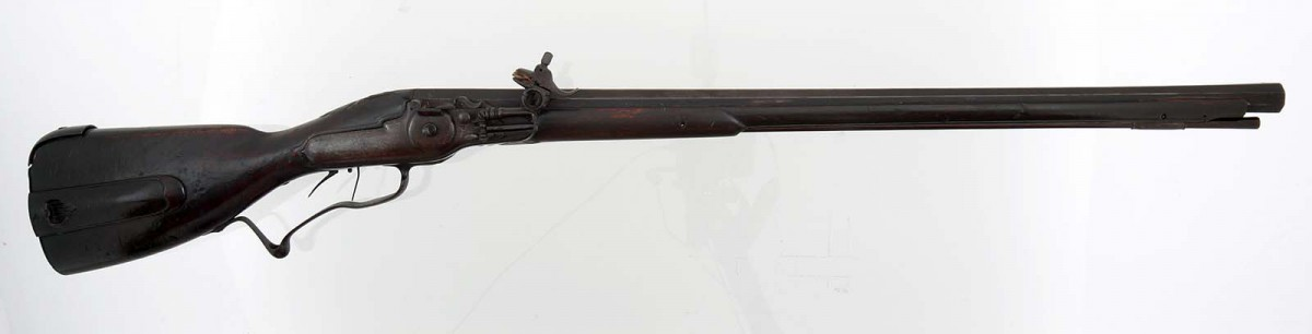 Wheellock rifle made by R. Rowland, London, England, 1702–1716. Buffalo Bill Center of the West, Cody, Wyoming, USA. Gift of Olin Corporation, Winchester Arms Collection. 1988.8.1241