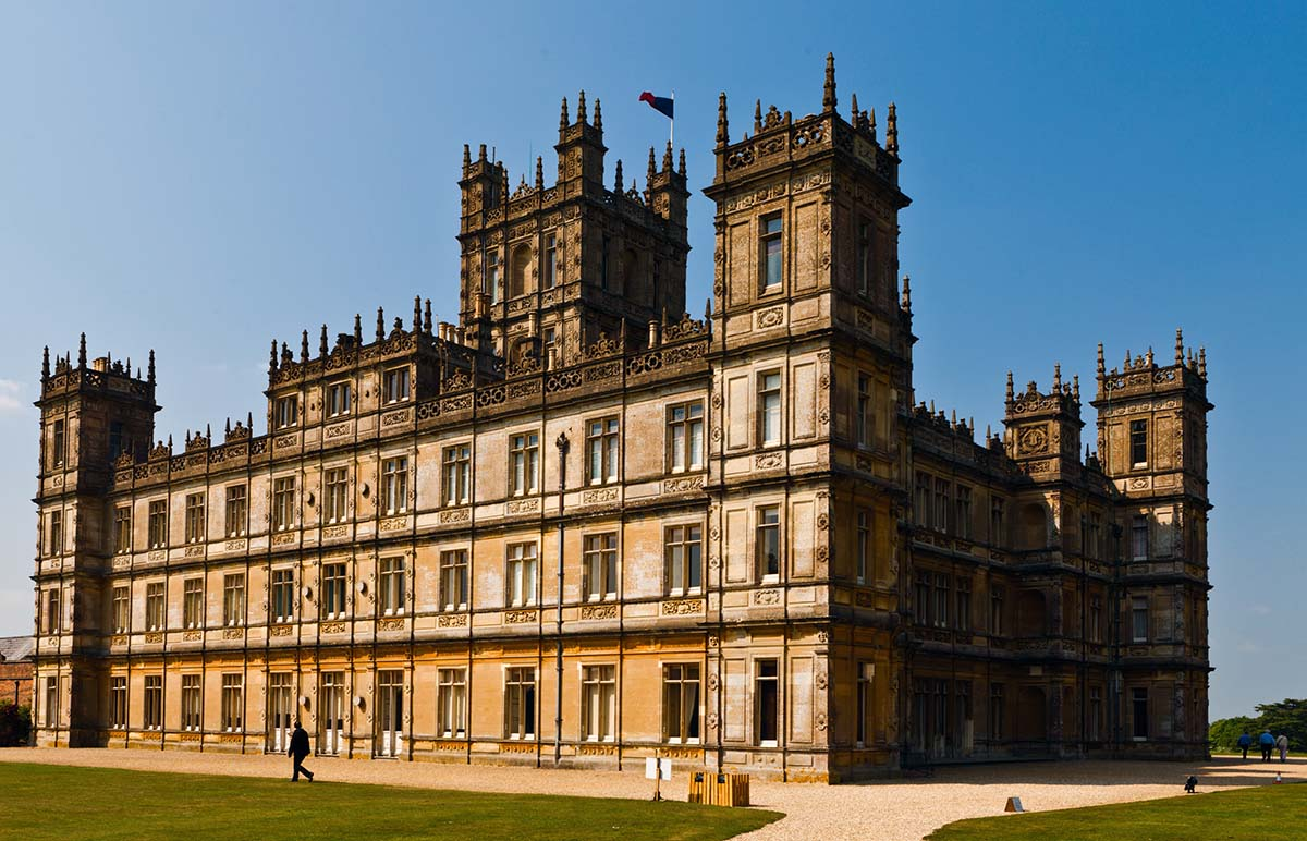 Highclere Castle, Wikipedia, Creative Commons Attribution
