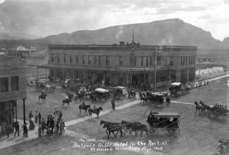 The Irma Hotel in 1908. MS 6 William F. Cody Collection, McCracken Research Library. P.6.0726
