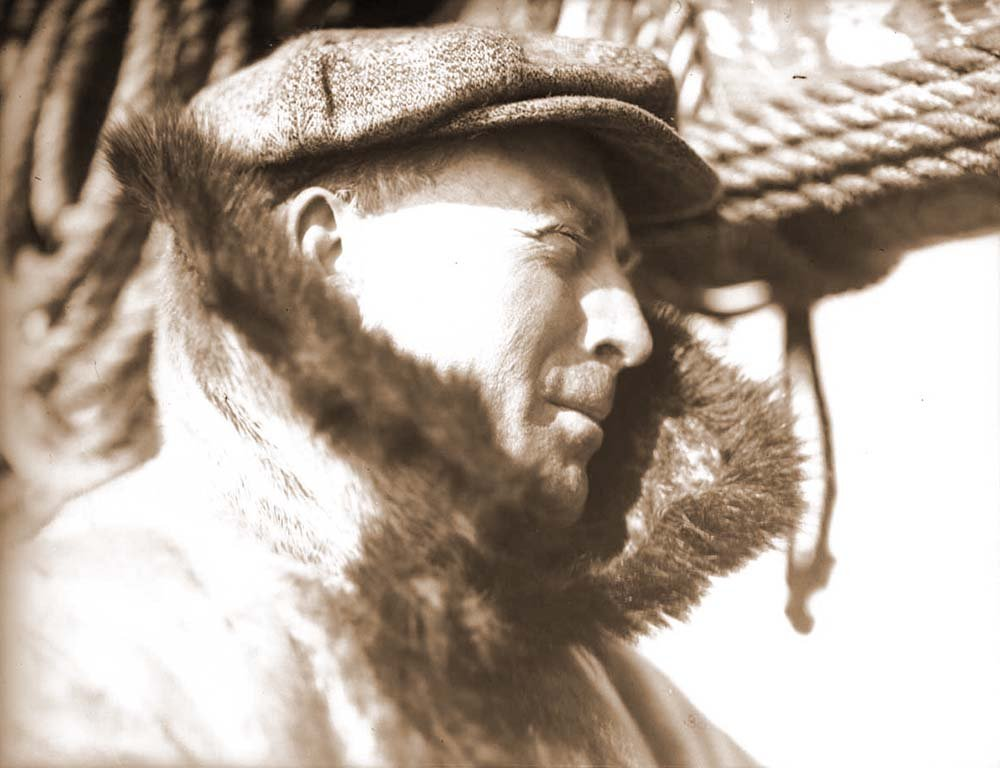 Fig. 4: Arctic navigator Captain Bob Bartlett, who accompanied Peary in 1909 on his North Pole expedition. MS 305 Harold McCracken Photograph Collection, McCracken Research Library. N277#1288V